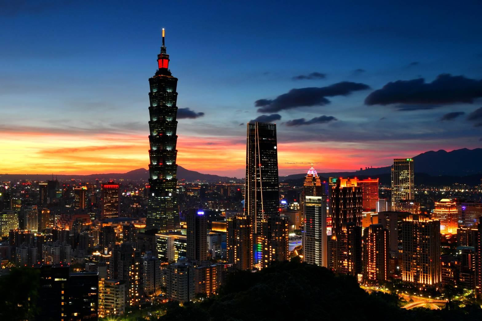 台北象山的百萬夜景  體驗近距離的美與震撼【牧雲攝影專欄】