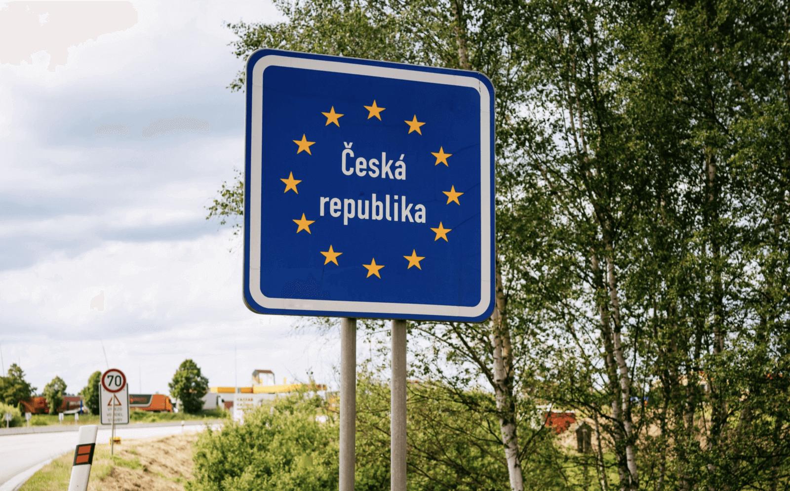 未接種疫苗的人在整個歐盟將面臨更多旅行限制